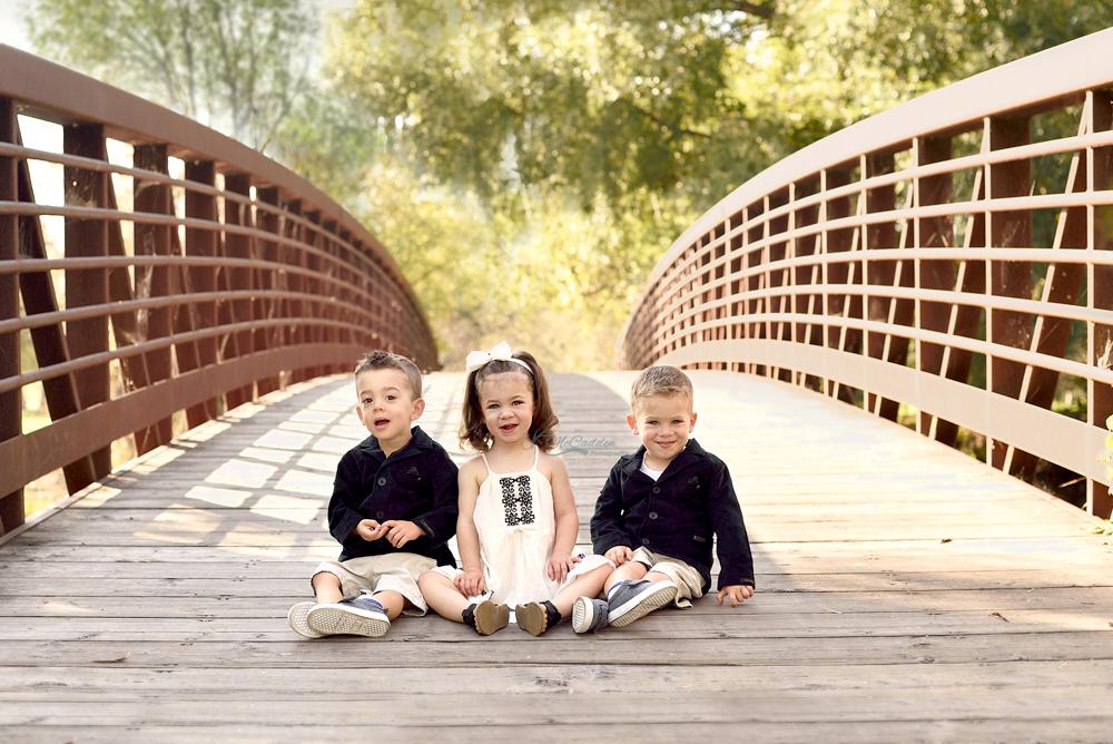 Ottawa-Children-Fall-Triplets-Bridge